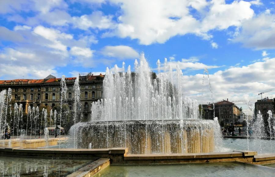 fontana davanti al castello sforzesco