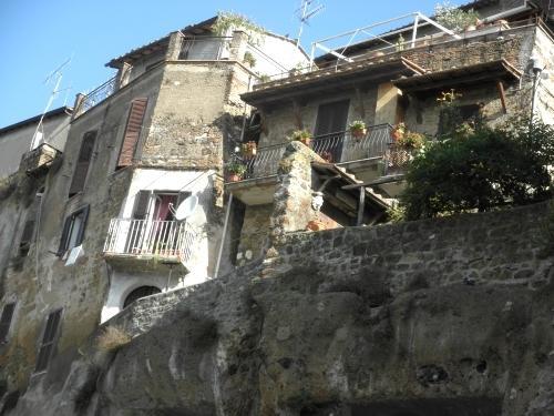 case sopra le mura