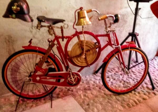 bici che fu in dotazione ai pompieri