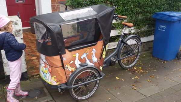 triciclo portabimbi a Londra